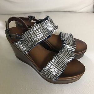 WANTED• Wedge Sandals
